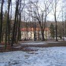 Gimnazija v pozni zimi