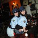 Ampak teli policajki sta pa zakon in to dobesedno.