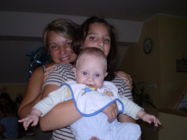 Jaz, Nika in Anže