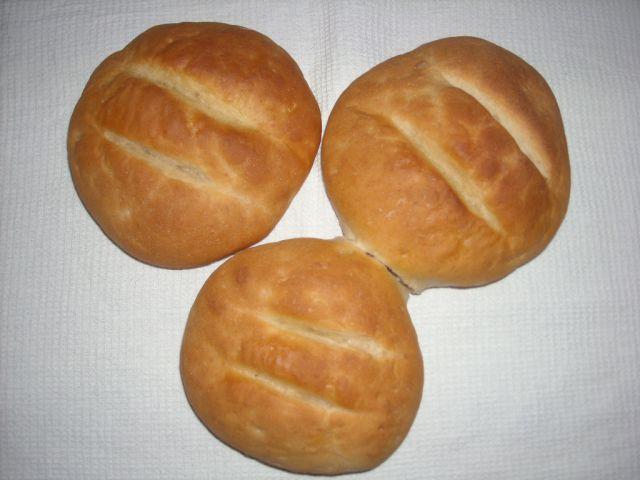 Beli kruh - hlebček (Migla)