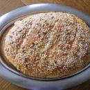 Kruh s čebulo