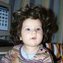 Uau, kako mi hitro lasje rastejo!