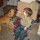 Janja ima novo psičko, ki jo je pripeljala iz Azila. Je tako prijazna, da jo še jaz upam h