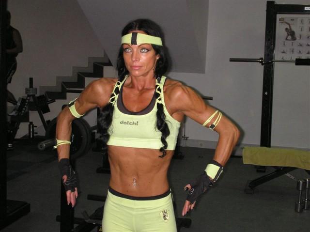 TRENING miss fitnes   - foto