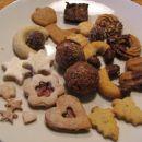 božični kolač, peparkakkor 5783, brizgani obročki, cimetove zvezdice 8308,snežinke 1888, k