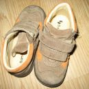usnjeni čevlji 22