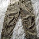 h&m nove tanke hlače 3-4 oz. 104