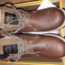 zimski škornji št.33 Dockers novi
