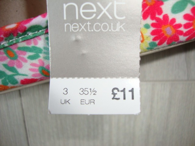 Next novi čevlji, slip on 35, 9 eur