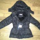 Zelo lepa in topla bunda z notranjo ,,muco,, 4 leta, 12 eur