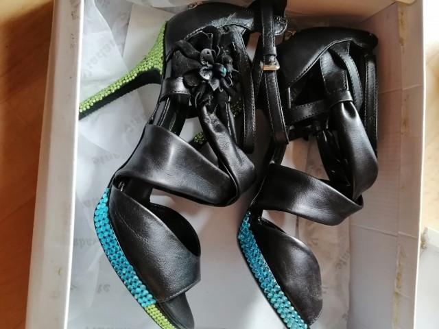čevlji 38 novi unikat_50eur - foto