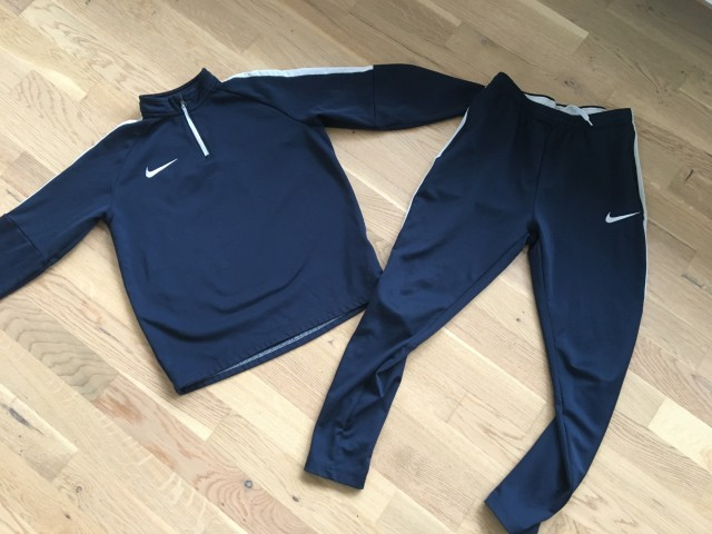 Nike 10-12 let