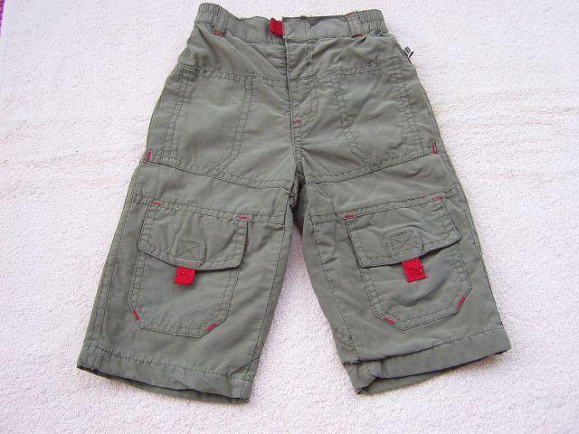 Podložene hlače v 68 cena 3 eur