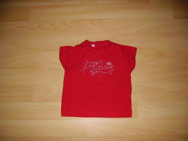 Majčka doddipetto v 68/74 cena 2 eur spredaj bleščice oblečena 1-2 krat