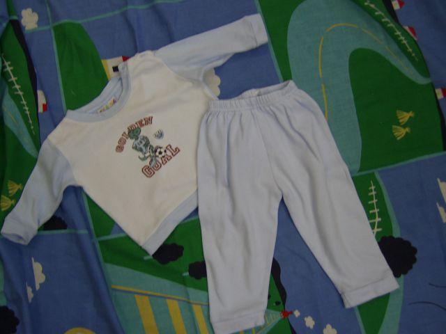 Pižama v 68 cena 2,50 eur