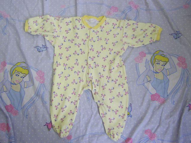 Pižama v 68 cena 2 eur