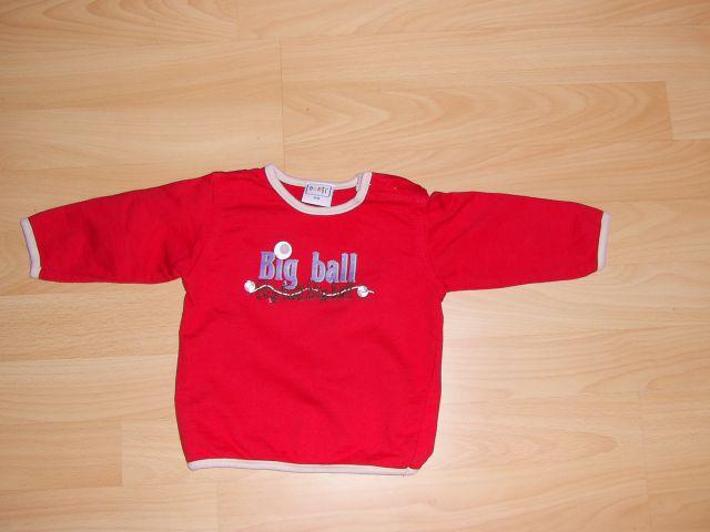 Majčka - pulover v 68 cena 3 eur samo opran