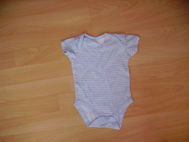 Bodi v 3 - 6 mesecev cena 1 eur oblečen 1-2 krat