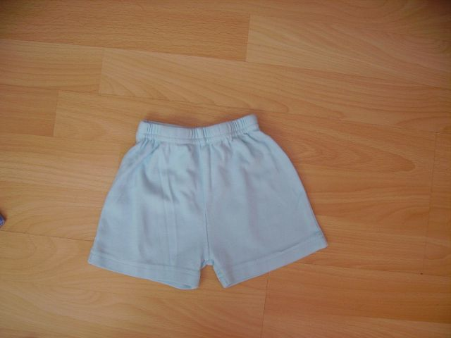 Kratke hlače GEORGE v 3-6 mesecev cena 2 eur
