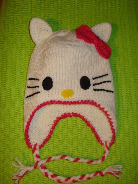 Ročno pletena kapa HK
