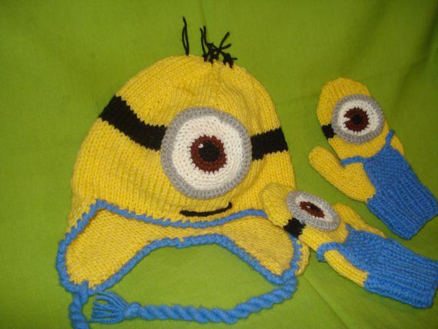 Ročno pletena kapa in rokavice Minion