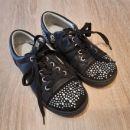 Dekliški čevlji št. 31 usnjeni
