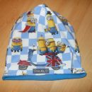 dvoslojna bombažna baggy kapica Minioni na modri podlagi