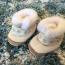 Topli podloženi čevlji / copatki za punco , 3 - 6 mesecev (neuporabljeni), 5€