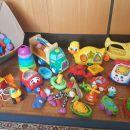 igrače za majhne otroke