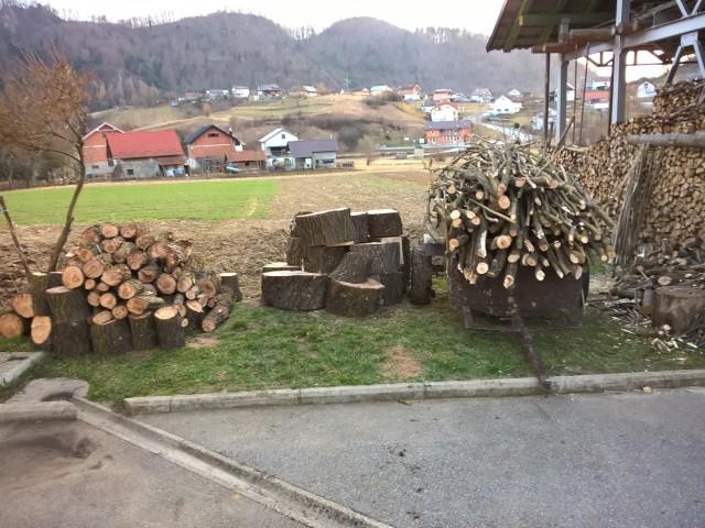 Izrada ogrijevnog drva - Page 22 23580612