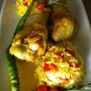 Žafranov riž z svežo papriko in marinirana puranja bedra v curry omaki