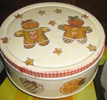 škatla za kekse...