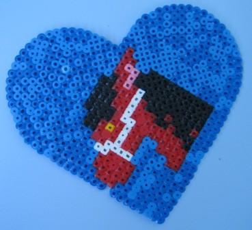 Konj na modrem srčku.