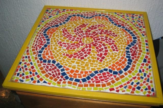 Mozaik z okvirjem.