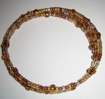 Zapestnica...perlice čisto sama nasnula sedem (in polovico zraven) letnica
