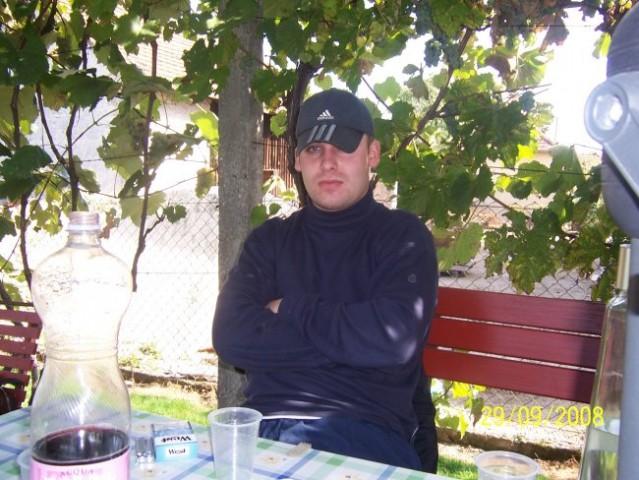 Bratev - foto