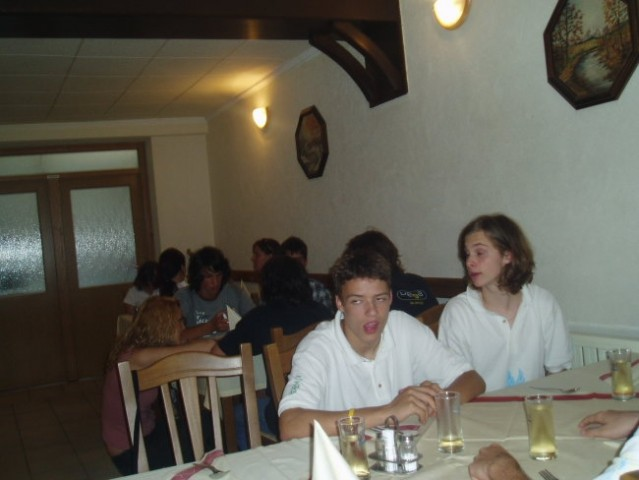 Parlament mladih reke Krke - foto