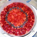 Sadna torta za Vesno