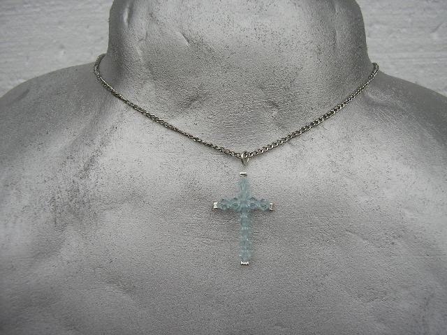 50, križ iz kristalov Swarovski