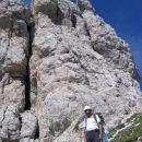 Pot Anita Goitan - na majhni travnati terasi tik pod vrhom Male špice