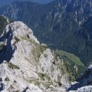 Dimniki z Luknje peči; spodaj travniki v Krmi