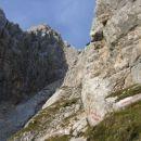 Visoka Ponca z mesta, kjer je, sedaj dobro označen, razcep poti proti Visoki in Srednji Po