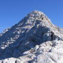 Po grebenu proti vrhu Jalovca