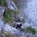 V akciji v plezalnem delu poti iz Koritnice proti sedlu Čez Brežice