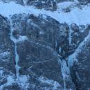 Ledna slapova v Mangartski steni ...