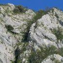 Balkonček in desno greben...