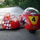 BMW dirkalni prikoličar