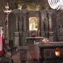 Glavni oltar v veliki dvorani.