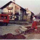 Moj drugi spaček furgon, ki je pridno služil pri gradnji hiše. Leto 1987.