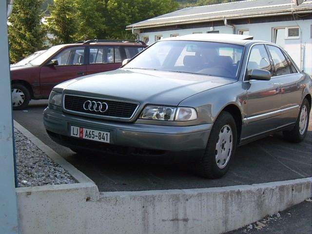 Audi A8 - foto